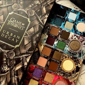 Urban Decay • Game of Thrones • Eyeshadow Palettes